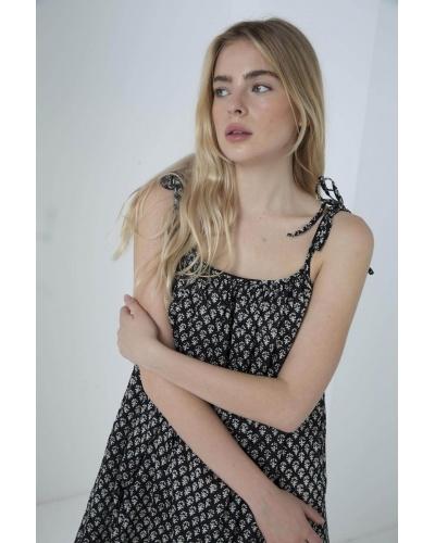 Shin Dress